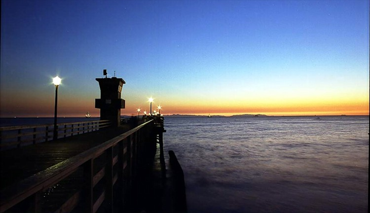 Seal Beach Pier - photo: Dennis E. Keizer